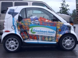 Winyl Wrapped Smart Car